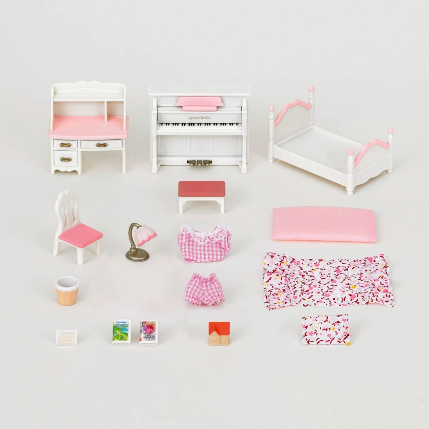 Sylvanian Families Girls Bedroom Set image-3