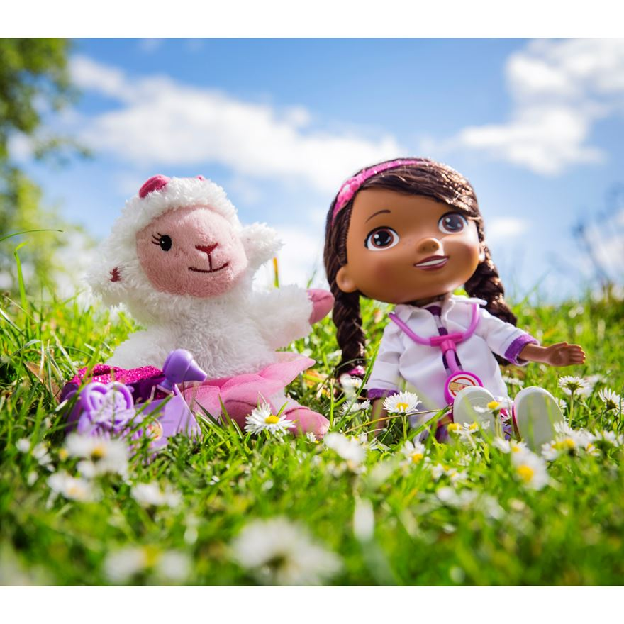 Doc McStuffins Time for Your Check-Up Interactive Doc and Lambie image-2