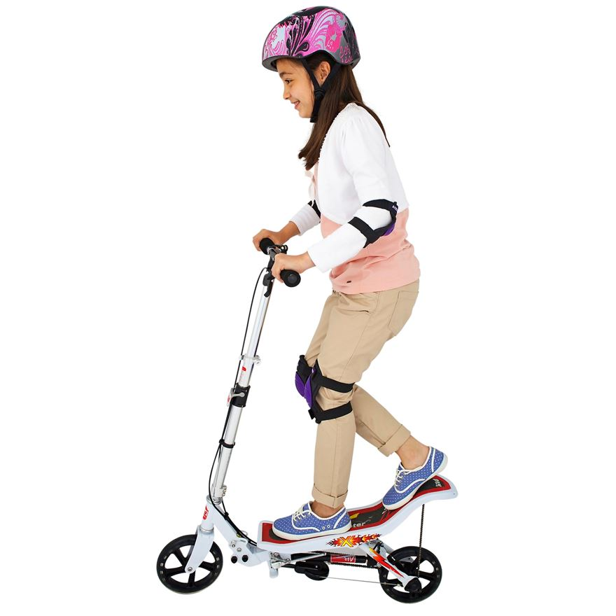 Space Scooter White image-3