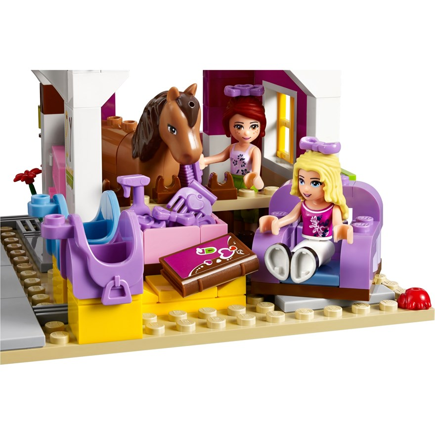 LEGO Friends Sunshine Ranch 41039 image-5