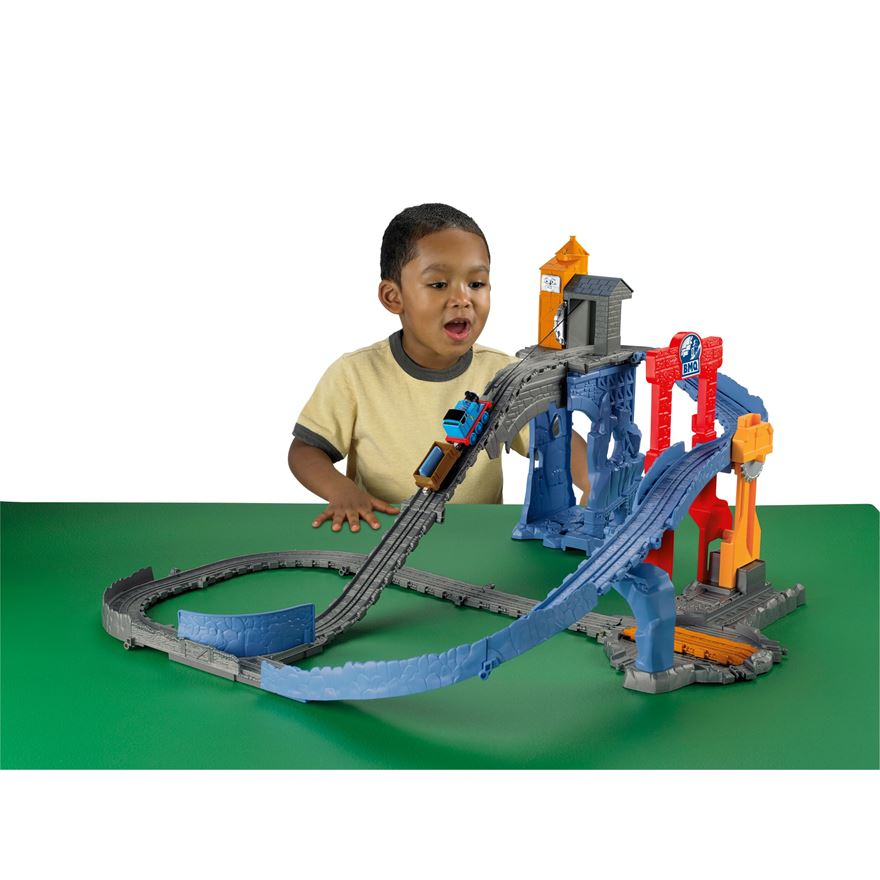 Thomas & Friends Take-n-Play Great Quarry Climb image-0