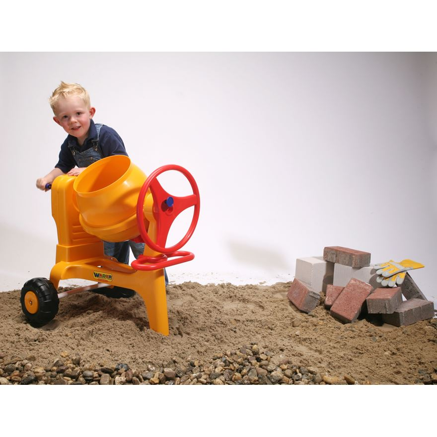 Wader Cement Mixer with Hitch image-0