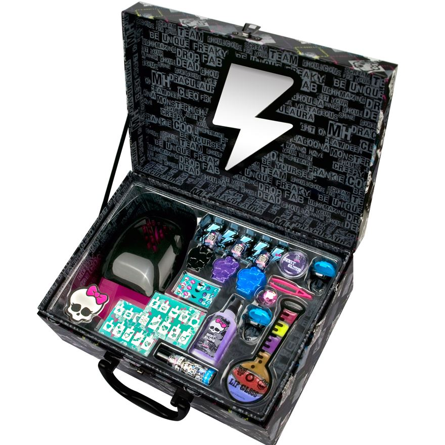 Monster High Scary Salon Cosmetic Case image-0