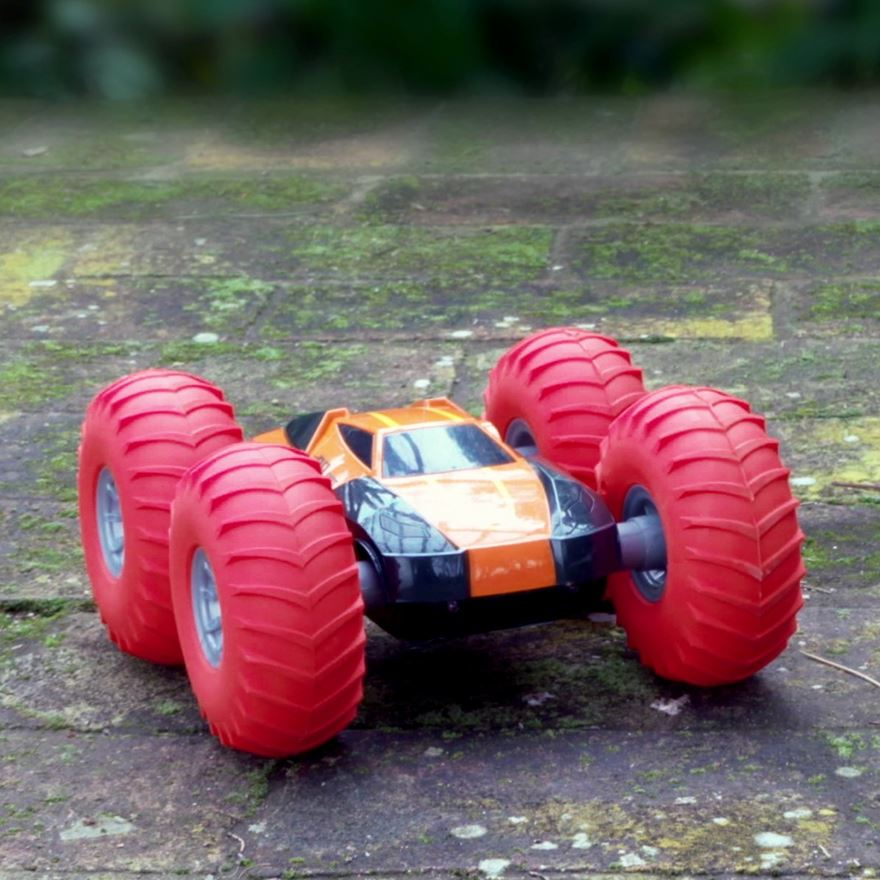 Speed Cyclone Pro 360 Radio Control Car image-0