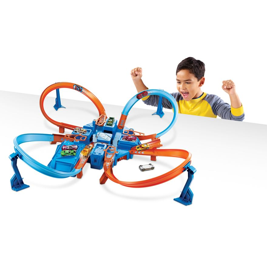 Hot Wheels Criss Cross Crash Track Set image-0