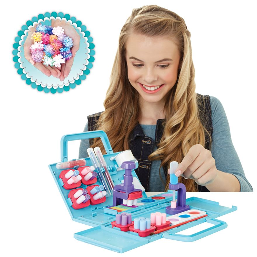 Pom Pom Wow Deluxe Case Playset image-0