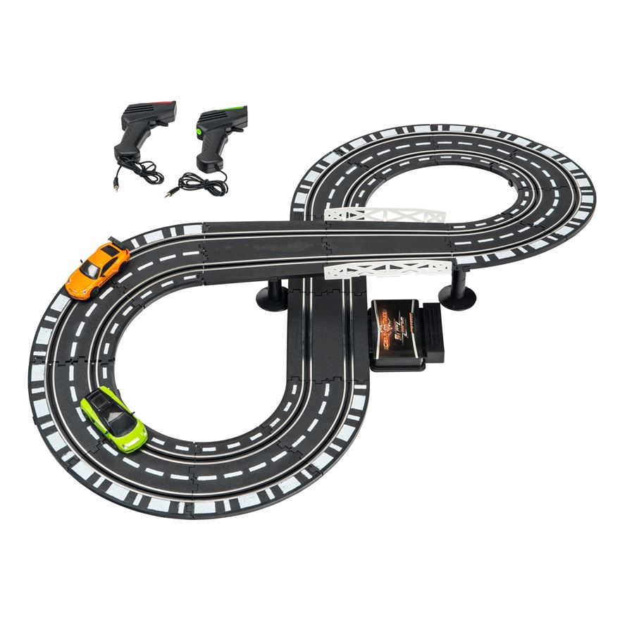 GearMaxx Slot Racing 1:43 Track Set image-0