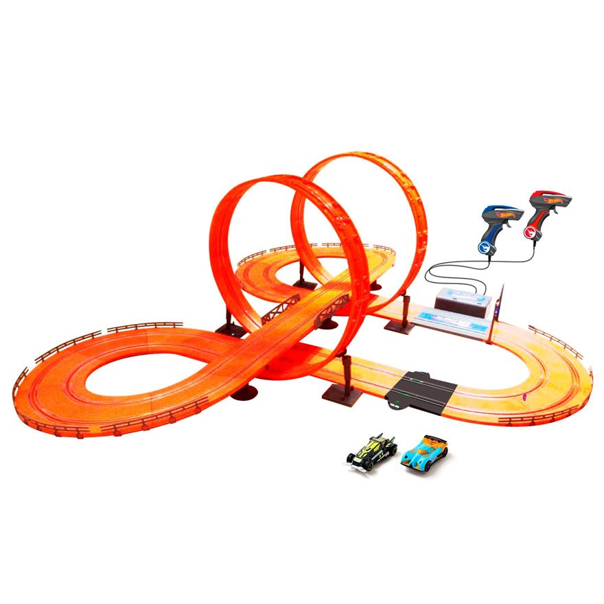 Hot Wheels Racing Set - 683 cm image-0