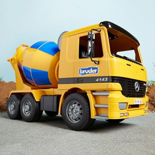 Bruder 1:16 Mercedes Benz Actros Cement Mixer