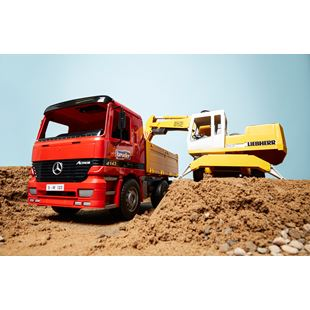 Bruder 1:16 Mercedes Benz Actros Construction Truck and Liebherr Excavator