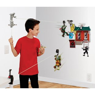 Turtles Z-line Free Fall Fire Escape Set with 1 Figure