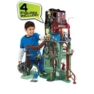 Teenage Mutant Ninja Turtles Secret Sewer Lair Play Set with 4 Figures