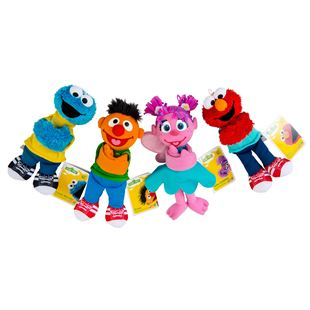 Sesame Street Hugs Forever Friends - Assortment