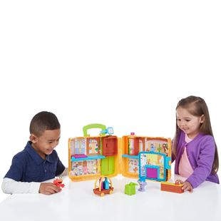 The Furchester Hotel Play Set with Figures