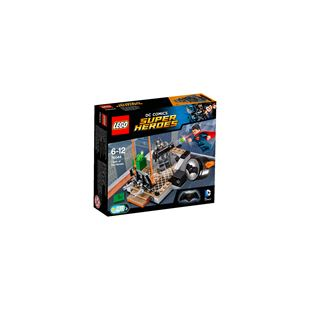 LEGO DC Comics Super Heroes Clash of the Heroes 76044