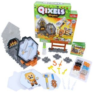 Qixels Kingdom Battle Weapons Workshop