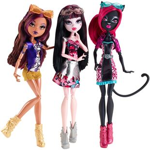 Monster High™ Boo York, Boo York Out-of-Tombers™ Doll Bundle